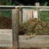 Potřebujete kvalitní kompost? Poradíme, jak vytvořit kompostér, teď je na to ten správný čas!