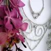 Hledáte originální vánoční dárek? Zkuste místo zlata šperky z květin!