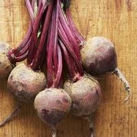 Celer a červená řepa jako hlavní jídlo. A klidně i slavností oběd o víkendu nebo pro návštěvy!