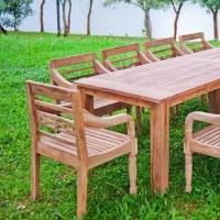 Přemýšlíte o novém zahradním nábytku? Zkuste ten z týkového dřeva…