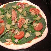Kopřivy jako jarní zdroj vitamínů. Využijte je doma v kuchyni, třeba i na nedělní oběd!