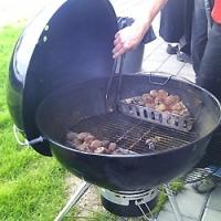 Jak správně připravit gril na hlavní sezónu