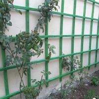 Návod na snadné a rychlé připevnění pergoly k fasádě, včetně té zateplené