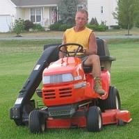 Zjistili jste, že vaše stará sekačka již na přerostlou trávu nestačí? Kupte si novou, poradíme jak vybírat…