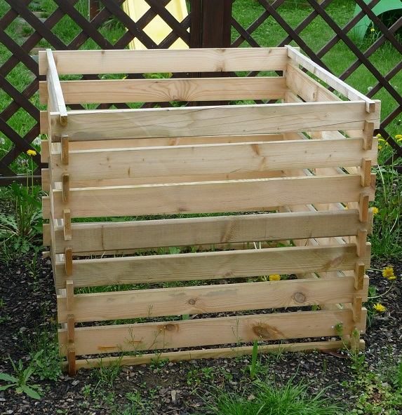 Zahradní kompostér z impregnovaných prken