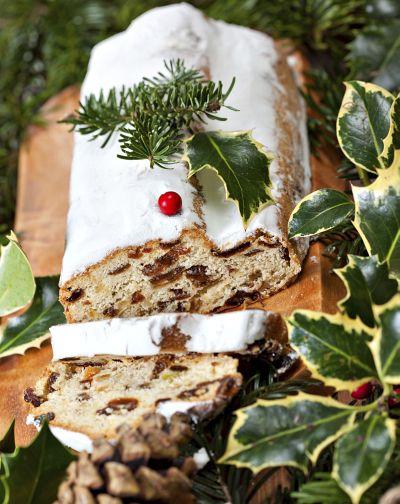 Vánoční štola se sušeným ovocem