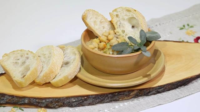 Cizrnová polévka jako vydatná a zdravá večeře