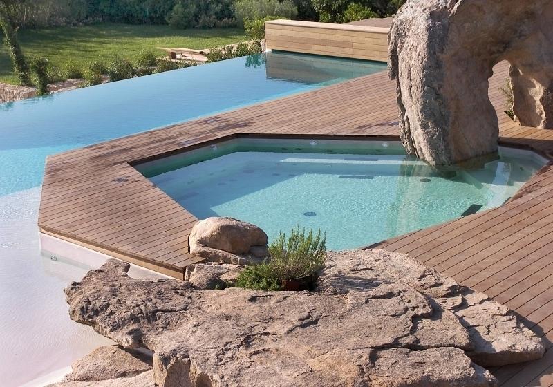 unikatni-terasova-prkna-twinson-v-sobe-spojuji-vyhody-dreva-i-pvc-a-jsou-tak-idealnim-materialem-pro-venkovni-terasy-chodniky-nebo-okraje-bazenu2