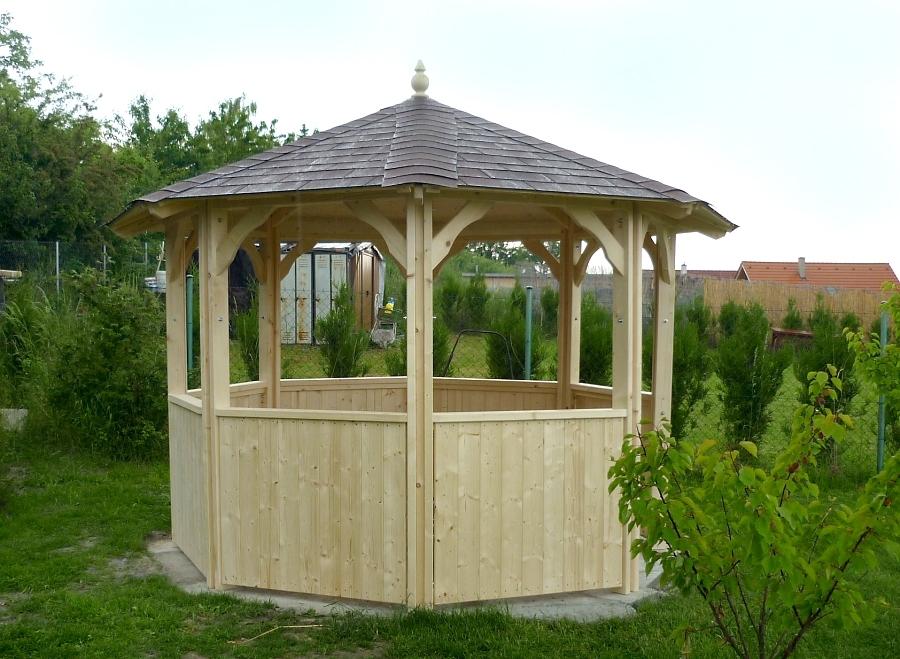 Stavba zahradního altánu svépomocí 1